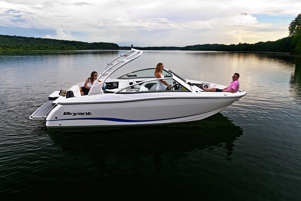 Bryant Calandra Boat at Summer Water Sports